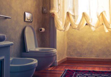 How to clean a teak shower floor mat